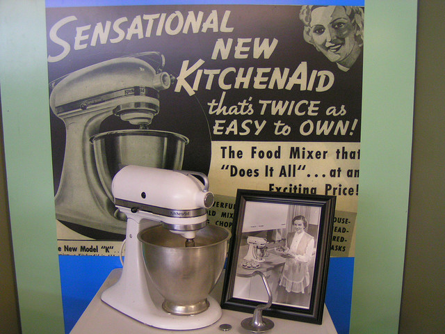 Retro-Chic-Original-or-New-1-Kitchen-Aid
