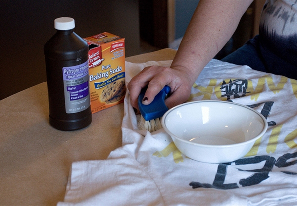 Housekeeping On A Budget - Make Your Own Natural Cleaning Products 2