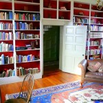 6 Simple Yet Highly Effective Ways to Make a Space-saving Library in Your Home