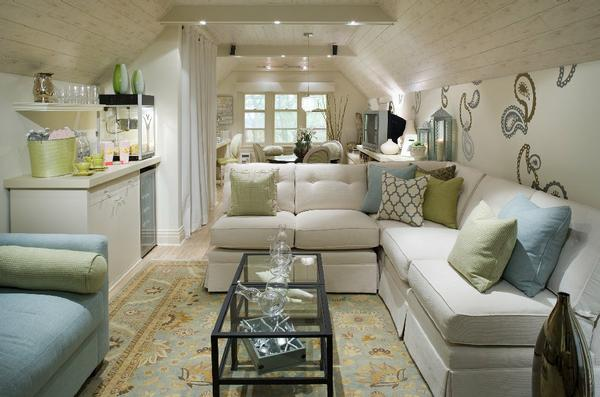 5 Creative Ways To Turn Your Attic Into A Brand New Room 1