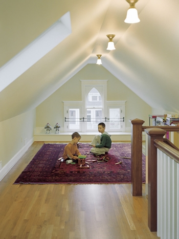 5 Creative Ways To Turn Your Attic Into A Brand New Room 5