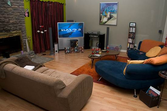Nice Living Room Sitting Arrangement Facing TV