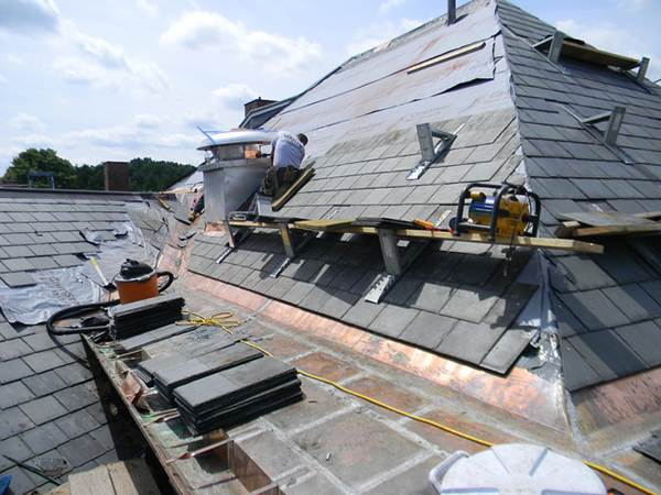 What Every DIY Enthusiast Needs To Know About Roofs 1