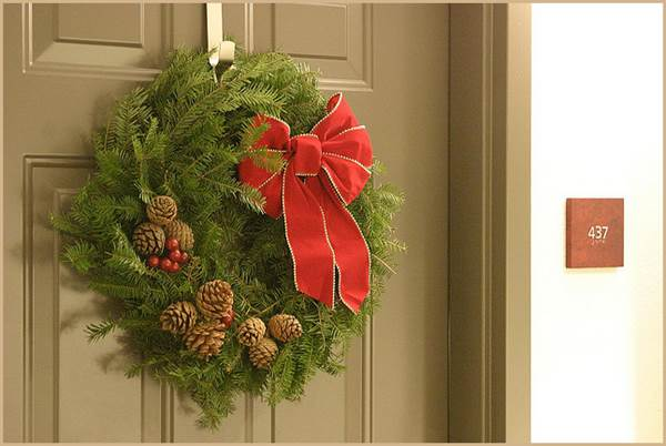 Nothing Says 'Christmas' Like A Christmas Wreath - Make Your Own 1