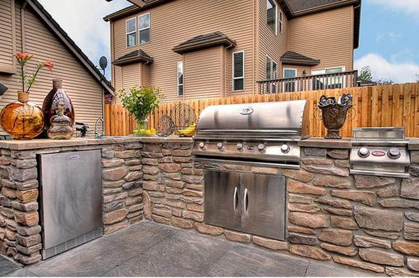 6 Must-haves For An Awesome Outdoor Kitchen 1