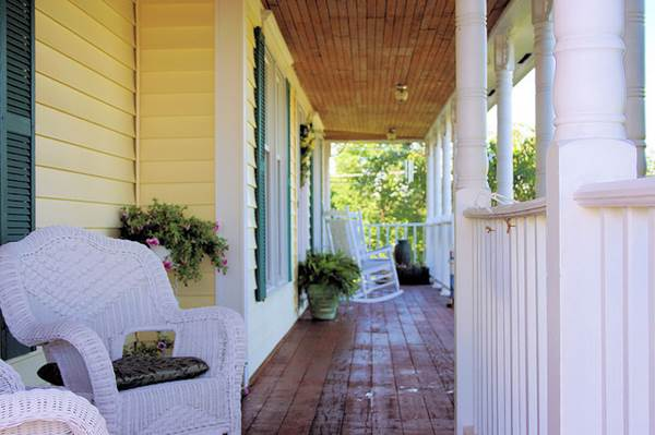 How To Get The Most Out Of Your Outdoor Porch 2