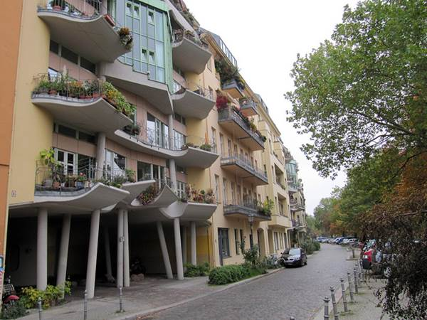 Apartment Buildings That Break The Mold 1