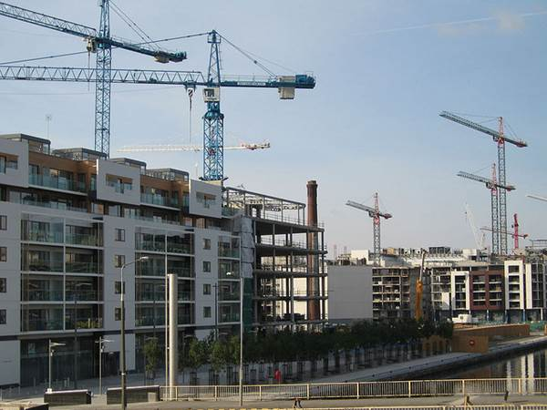 Four Of The Strongest Building Materials For Large Construction Projects 1
