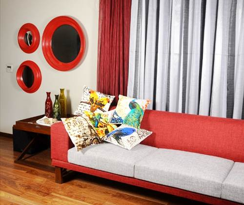 How Patterned Cushion Covers Can Add A Drama To Your Room 1
