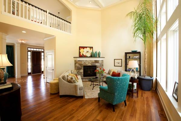 How To Use Asymmetry To Nice Effect In Your Home Decor 2