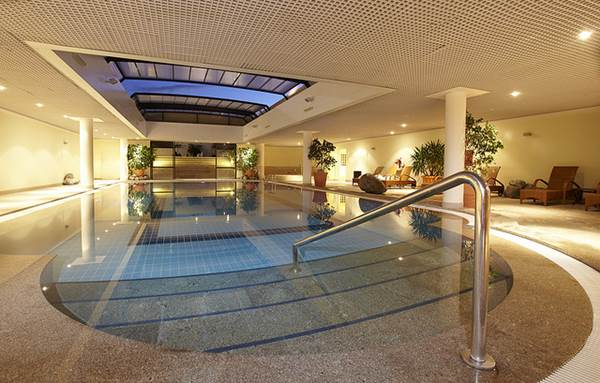 Indoor Swimming Pool Design 101 - 1