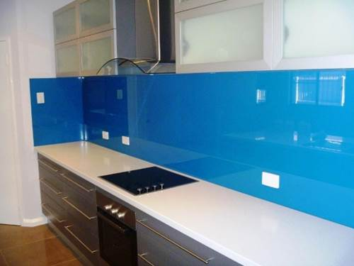 Using Glass Splashbacks To Give Your Kitchen Both Function And Style 5